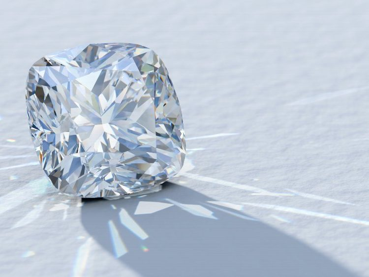 Cushion Cut Diamond Guide | Diamond Buzz