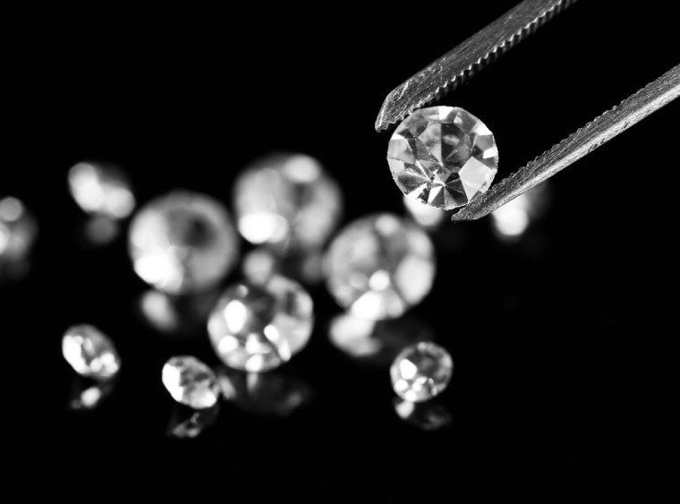 Lab-Grown Diamonds vs Cubic Zirconia