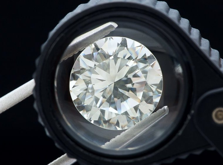 The Best Diamond Simulants