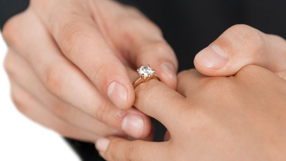 Damaged Ring Prongs: Don'T Put Your Gemstones At Risk