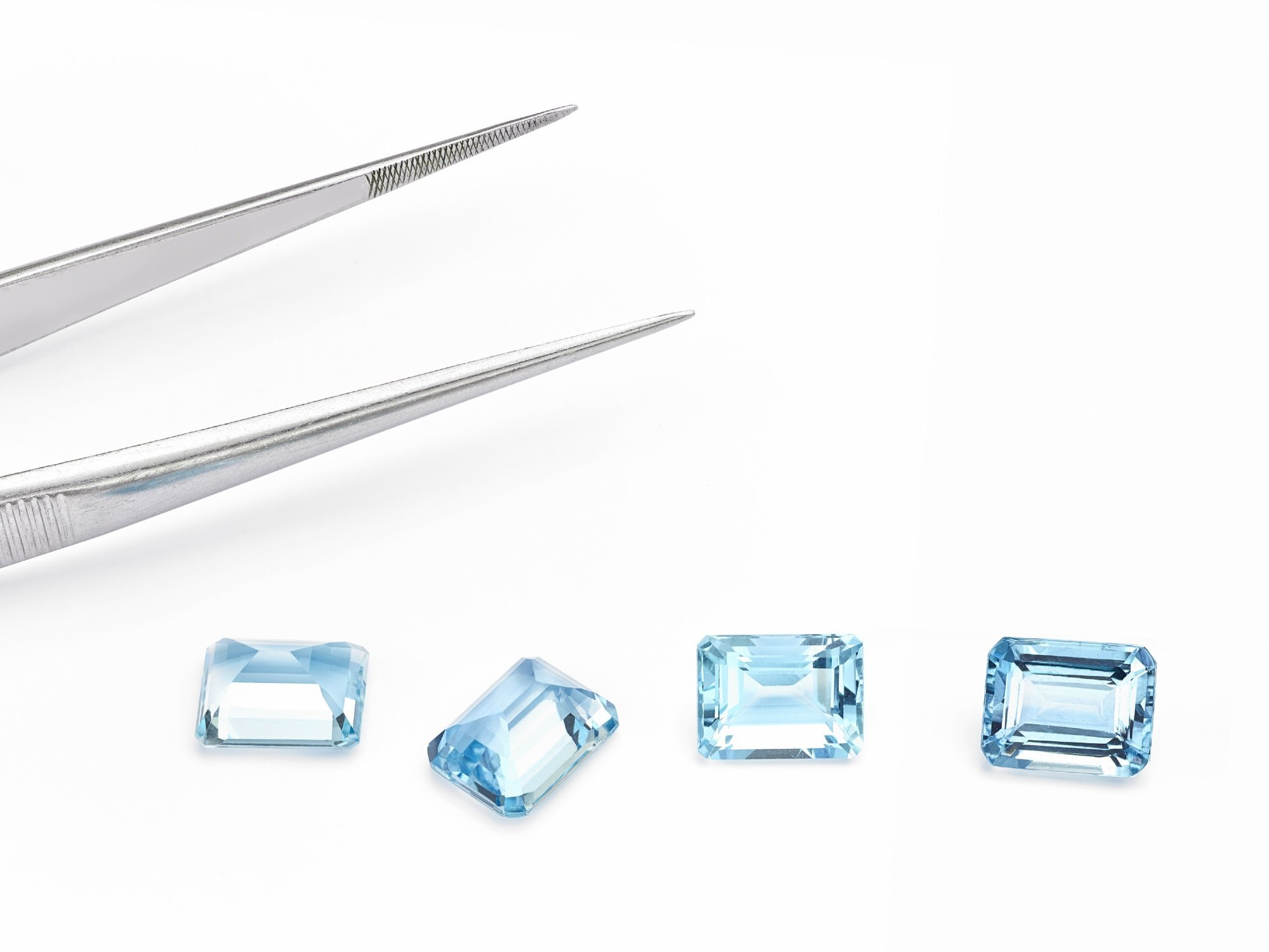 Emerald Cut Aquamarine Gemstones | Diamond Buzz