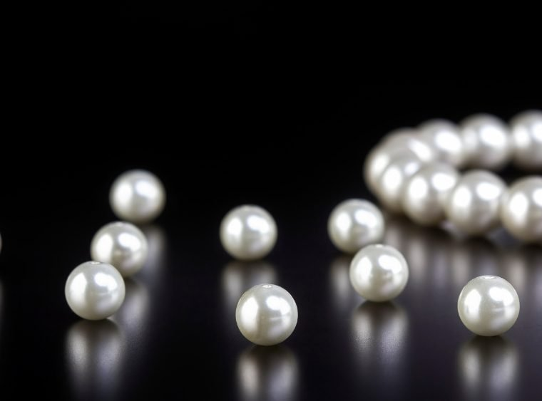 How To Tell Real Pearls From Imitations