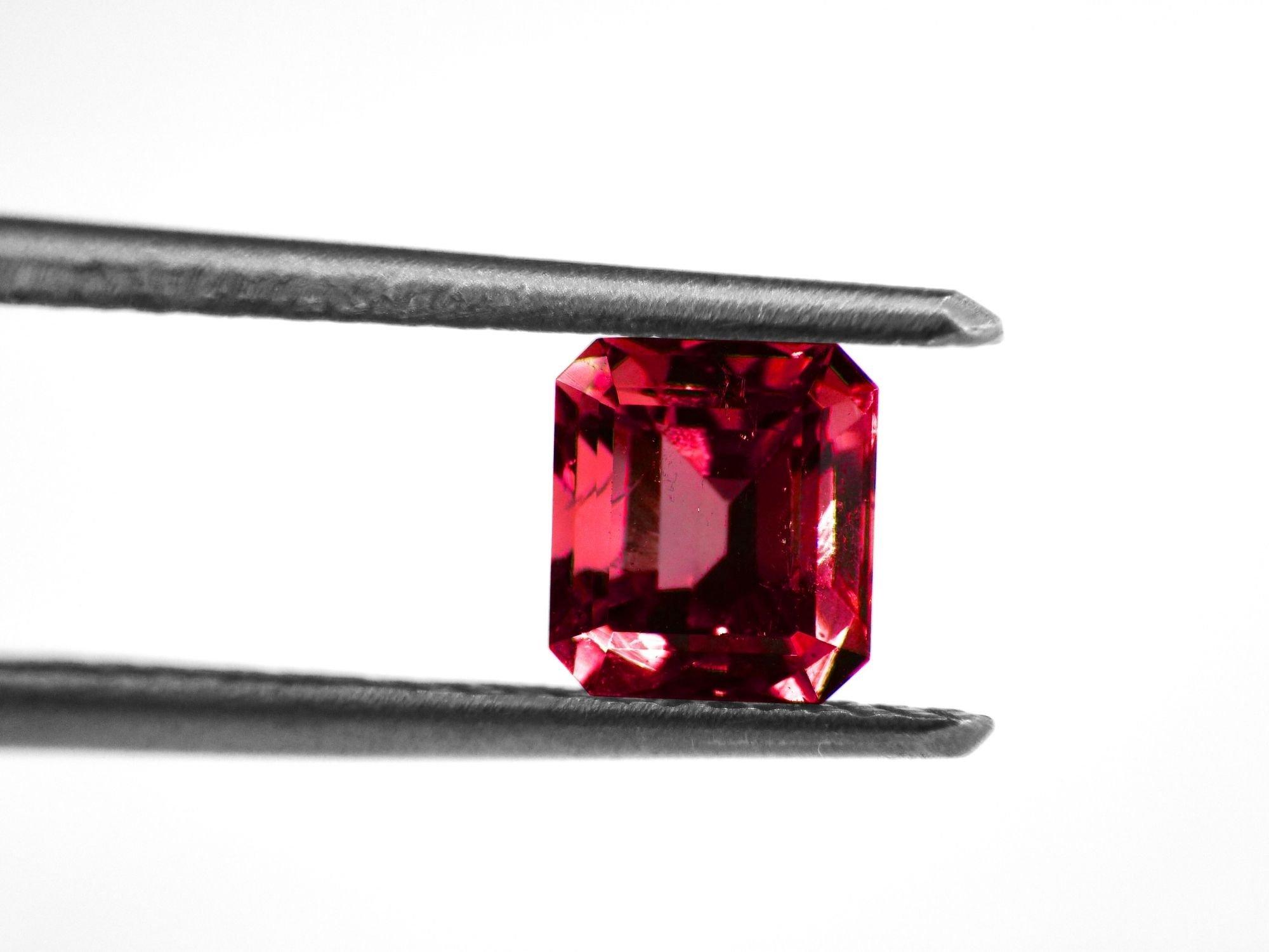 Lab-Created Rubies Vs Natural Rubies | Diamond Buzz