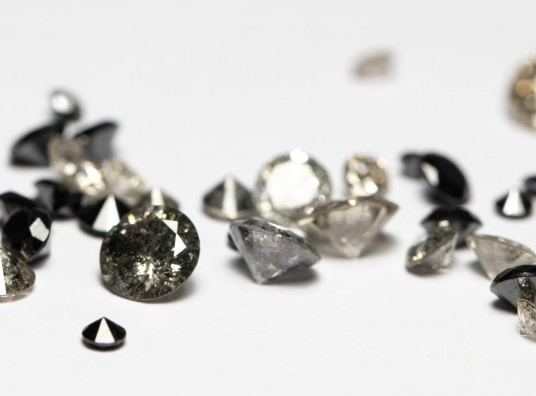 Salt and Pepper Diamonds Buying Guide