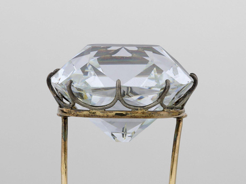 The Regent Diamond – The Pawned Pitt Diamond | Diamond Buzz